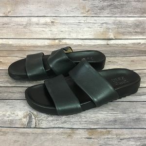 Naturalizer Amabella Black Leather Slide Sandal